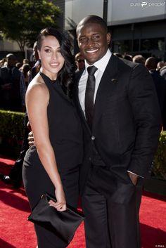 Reggie Miller Wife | Reggie Bush et Lilith Avagyan lors des ESPY Awards au Nokia Theatre de ...