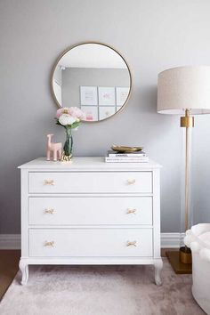 White Nursery Dresser with Gold Bow Tie Pulls – Dresser Decor Small White Dresser, White And Gold Dresser, White Gold, Room Ideas Bedroom, Bedroom Decor, Nursery Dresser, Nursery Mirror, Gold Bedroom, Girl Room