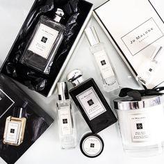 The Jo Malone fam! Love these - Wood Sage and Sea Salt Basil and Neroli Dark Amber and Ginger Lily . . . . . . . #bblogger #jmlxindia #jomalone #jomalonelondon #jomaloneindia #blackandwhite #monochrome #flatlay #slaytheflatlay #discoverunder100k #indianblogger #365project #perfumes #fragrance #fragrancelover #cologne #perfumecollection #woodsageandseasalt #darkamberandgingerlily #jomalonecandle #candle