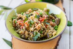 Vegetarian Quinoa Salad - Enjoy this deliciously healthy dish made with six superfoods. #quinoa #superfoods #quinoarecipes