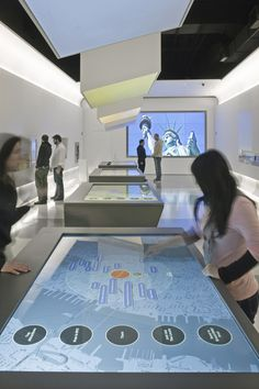 The Official NYC Information Center by Local Projects , via Behance