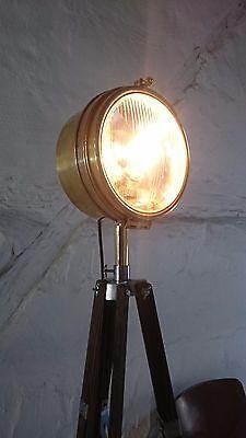 tripod steh stativ lampe industrie design loft pattern 23 film scheinwerfer 50 j home inspo. Black Bedroom Furniture Sets. Home Design Ideas