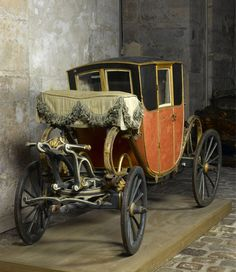 """tiny-librarian: """" Coach that belonged to Louis Joseph, the eldest son of Louis XVI and Marie Antoinette. Louis Xvi, Marie Antoinette, Chateau Versailles, French History, European History, Horse Carriage, Horse Drawn, Sidecar, 18th Century"""
