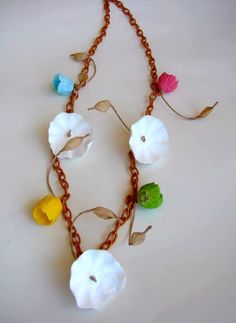 Eco friendly paper  jewelry Chain Necklace, statement necklace, bib necklace with paper flowers boho chic style by AlessandraFabre, €30.00