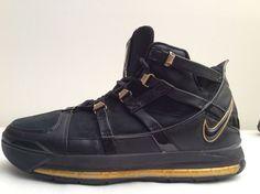 37cd03f05ed6 2005 Nike Air Zoom LEBRON JAMES 3 III BLACK METALLIC GOLD  312147-006  Sz  10.5