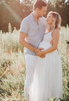boho maternity shoot in the something special crochet maxi dress | Lucky Duck Boutique