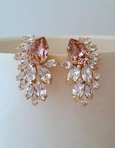 Blush earrings,Morganite Bridal earrings,blush pink chandelier earrings,Extra large stud earrings,Swarovski cluster earrings,statement studs