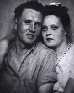 Vernon & Gladys Presley from Fotos raras de gente famosa