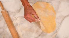 Cooking with Manuela: How to Make Cruffins from Scratch Homemade English Muffins, Homemade Muffins, Cruffin Recipe, Cream Puff Recipe, Filipino Desserts, Cooking Recipes, Easy Recipes, Quick Easy Meals, Italian Recipes