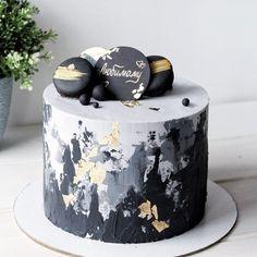. Мужской. Стильный. Лаконичный. Внутри ванильный, с шоколадом и малиной, 2кг. Для заказа, ссылка на WhatsApp, в шапке профиля. Gold And White Cake, White Cakes, 13 Birthday Cake, White Birthday Cakes, Purple Velvet Cakes, Buttercream Cake Designs, Drip Cakes, Cakes For Men, Best Cake Designs