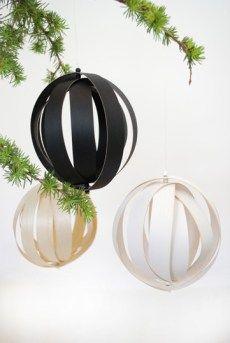 COM Diy decorating scandinavian christmas Scandinavian Christmas Ornaments, Swedish Christmas, Christmas Mood, Christmas Music, Diy Christmas Ornaments, Diy Christmas Gifts, Xmas, Christmas Carol, Holiday Fun
