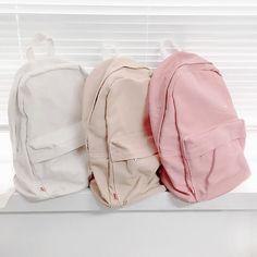 Very cute backpacks Cute Backpacks, School Backpacks, Fashion Bags, Fashion Backpack, 90s Fashion, Girls Bags, Cute Bags, Backpack Purse, School Bags