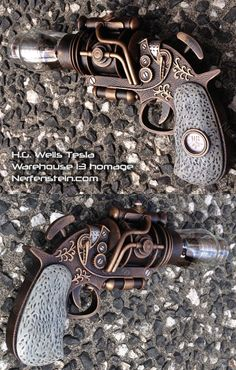 Warehouse 13 - steampunk Tesla prop pistol for H.G. Wells.  I'll take two please!