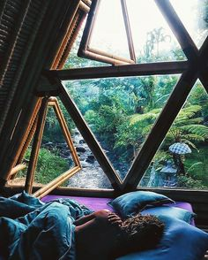 Loving this peaceful jungle hideaway in Bali. This sacred space is called hideout bali and you can find it on airBnB.  @emelinaah #WhatsTrending on #ArrowTop