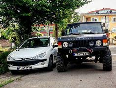 #rangerover #rovers #offroading #offroad #landrover #rangeroversport #classics #rangeroverclassic