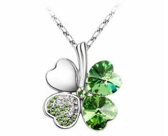 Contessa Bella Fancy Genuine White Gold Plated Peridot Green Swarovski Austrian Crystal Elements Heart Shaped Four Leaf Clover Shamrock Lucky Women Charm Pendant Necklace Elegant Silver Color Crystal Fashion Jewelry Mothers Day Gift - Crystal Pendant, Crystal Necklace, Pendant Necklace, Leaf Pendant, Leaf Necklace, Short Necklace, Flower Necklace, Swarovski Pendant, Peridot Necklace