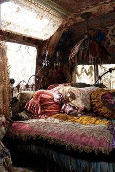 wow... looks like a gypsy caravan.