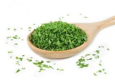 Prepare an infusion of parsley and purify your kidneys - Home Remedies 2 U Salsa Fresca, Kidney Detox, Purifier, Natural Home Remedies, Detox Recipes, Parsley, Health And Beauty, A Food, Serving Bowls