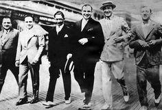 Meyer Lansky, Al Capone, Nucky Johnson et leur entourage à Atlantic City, avril 1929