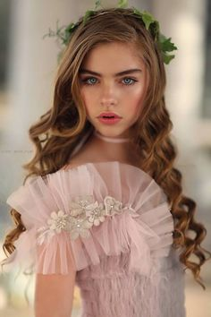 Jade Weber is French, born in Hong Kong on March She is an actress and model. Beautiful Little Girls, Beautiful Eyes, Penny Girl, Cute Young Girl, Lolita, Blonde Beauty, Girl Face, Pretty Face, Marie