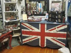 Here's another Union Jack dresser from Camas Antiques' blog