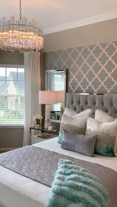 Grey Bedroom Decor, Bedroom Makeover, Luxurious Bedrooms, Guest Room Design, Pink Bedroom Decor, Room Decor Bedroom, Modern Bedroom, Red Bedroom Decor, Living Room Designs