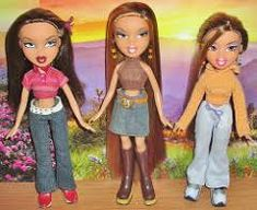 2002 Bratz Fashion Packs: Punk 'n' Prep! Two Ponytail Hairstyles, Two Ponytails, Bratz Girls, Dark Color Palette, Bratz Doll, Princess Zelda, Disney Princess, Sporty Style, Fashion Dolls
