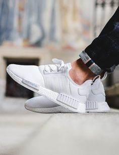 adidas Originals NMD_R1: White