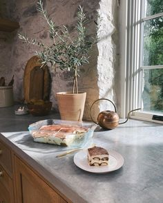 Joanna Gaines Kitchen, Joanna Gaines House, Joanna Gaines Decor, Joanna Gaines Farmhouse, Magnolia Joanna Gaines, Joanna Gaines Style, Stone Kitchen, New Kitchen, Kitchen Decor