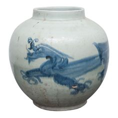 Swatow Ware Large Urn