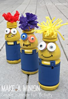 Looking for simple Summer Fun Activities for Kids? Spend the day making these fun Minions from recycled apple juice bottles and items you already have at home! Make A Minion Craft by 3 Little Greenwoods #MottsAndMinions #Ad