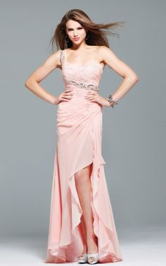 10 Pretty Pink Party Dresses