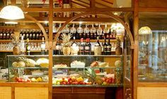 Great Pizza and Tuscan meals at il Pallaio! Vast choiche of courses, from Trippa to Pizza, from Baccalà to Pasta! Great Pizza, Places To Eat, Wine Rack, Liquor Cabinet, Italy, Restaurants, Pasta, Home Decor, Diners