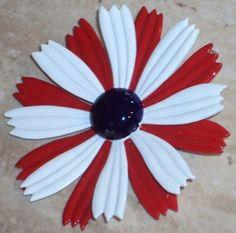 Daisy Flower Pin / Enamel / Patriotic / Independence Day / Costume Jewelry /Vintage / Retro Metal Brooch. $15.00, via Etsy.