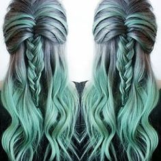 …solo quieres tener… | Prueba definitiva de que las trenzas se ven mejor con el cabello arcoiris