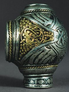 Terminal for a Ring-shaped Brooch [Viking; Perhaps from Eketorp, Sweden] ce) Viking Jewelry, Ancient Jewelry, Ancient History, Art History, Norse People, Norse Vikings, Viking Age, Open Ring, Old Art