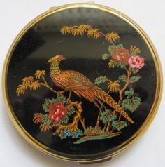 Vintage Stratton Compact by adeleas on Etsy, $34.00