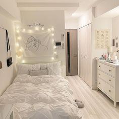 Small Room Bedroom, Room Decor Bedroom, Small Apartment Bedrooms, Small Bedroom Designs, Small Room Decor, Small Teenage Bedroom, Girl Apartment Decor, Cozy Small Bedrooms, Teen Room Designs
