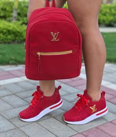 51 the best beautiful sneakers for women 2019 try it you will like 25 Sneakers Fashion Outfits, Fashion Shoes, Fashion 2017, Fashion Women, Fashion Ideas, Louis Vuitton Sneakers, Cute Sneakers, Sneakers Women, Converse Sneakers