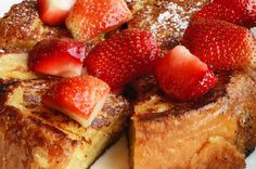 6 Crock-Pot Breakfast Recipes That Will Make You Rise and Dine! THEY HAVE FRENCH TOAST AS A RECIPE AND I WILL BE MAKING THIS ASLHSHAHDDBSSNDBDNCHSJSJDJD!!!!!!