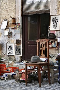 TRAVEL'IN GREECE. Monastiraki flea market in Athens