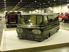 1 Day I will own a Econoline van....I don't even like vans but these are the shit!