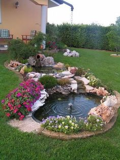 25 Stunning Backyard Pond Ideas with Waterfalls #Stunning #Hint