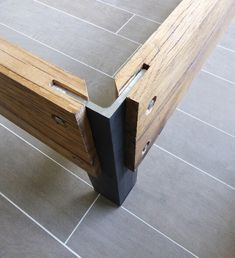 Detail poot van eiken bed - Shoe Tutorial and Ideas Industrial Furniture, Wood Furniture, Furniture Design, Garden Furniture, Furniture Layout, Furniture Plans, Luxury Furniture, Furniture Makeover, Furniture Projects
