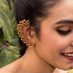 Designer Statement Contemporary Leaf Design EarCuff / Wrap Earrings With Red Kemp And Green Stones Ear Jewelry, Body Jewelry, Watch Necklace, Necklace Set, Pearl Necklace, Sparkly Jewelry, Crystal Brooch, Temple Jewellery, Gold Jewellery