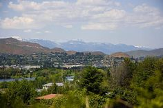 East Wenatchee, WA - a city filled with orchards right along the Columbia River, situated in Wenatchee Valley. Can't beat these views!