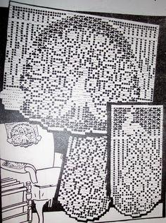 Chair set - Peacock pattern in filet crochet.