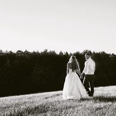 Sunset wedding photos by Heather Prosser Photography  .Sunset photo in black and white...oh yeah!!! I'm sure these two are having fun in Hawaii...can't believe this almost a week ago!!! Awesome couple...what it's all about! 🌿💫🏒 #wedding #weddingday #engaged #ido #brideandgroom #countryweddin Toronto Photography, Image Photography, Sunset Wedding, Wedding Day, Sunset Photos, Have Fun, Hawaii, Wedding Photos, Couple