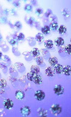 Картинки через We Heart It https://weheartit.com/entry/131433817/via/2601124 #amazing #beautiful #diamond #girl #jewel #photography #rich #shining