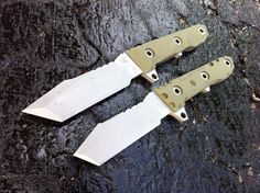 Two special One-Off knives.